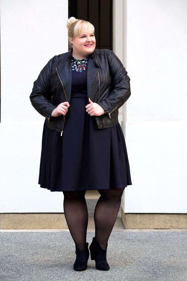 {trends} Plus Size Scuba Dress- Reah Norman, www.styledbyreah.com