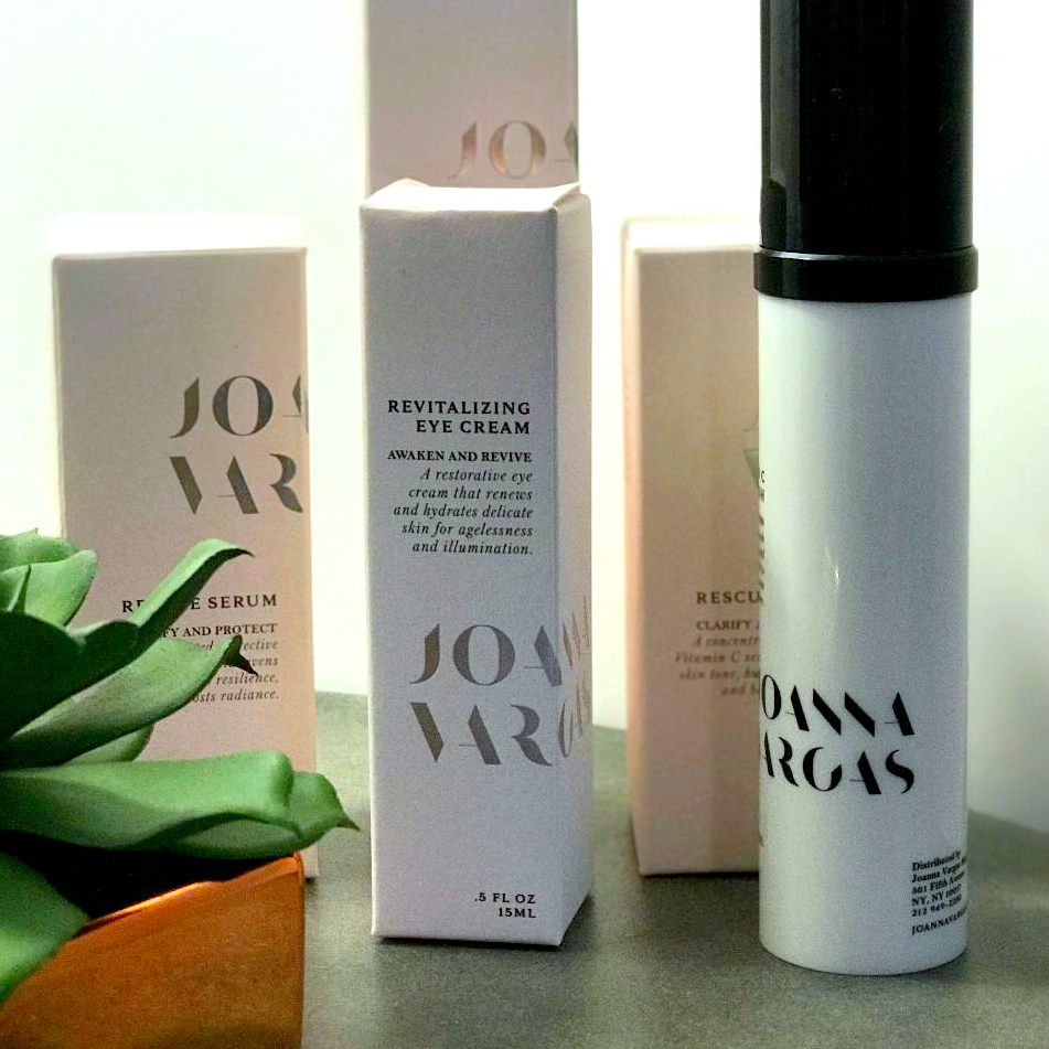 Joanna Vargas_Revitalizing Eye Cream